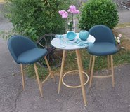 brand new set table with 2 very comfortable chairs in Spangdahlem, Germany