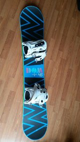 Snowboard 2008 Burton 46 with bindings in Chicago, Illinois