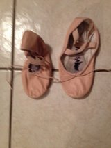 Ballet slippers. Size 2 pink in Chicago, Illinois