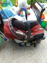 Chicco Infant Rearfacing Carseat in Pasadena, Texas