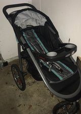 Graco Click Connect Jogging Stroller in Leesville, Louisiana
