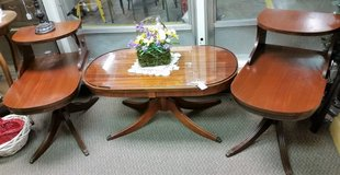 Coffe table & end tables in Fort Campbell, Kentucky