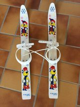 Skis (small child size ) ideal f. Winter deco in Ramstein, Germany