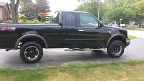 2002 F-150 extended cab 4x4 in Lockport, Illinois