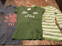 Abercrombie and American Eagle Shirts - Size XS Juniors - Good Condition in Cleveland, Texas