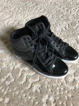 Girls Hip Hop Shoes in Lockport, Illinois