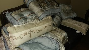 Comforter Shams, Bed Skirt, Pillows..very clean..No Stains. in Fort Riley, Kansas