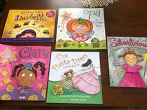 girls book lot in Camp Lejeune, North Carolina