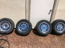5 tires and rim Lincoln town car 1999 in El Paso, Texas