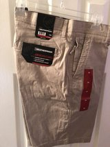 Men's Utility Shorts Size 34 Waist (NEW) in Spring, Texas