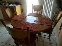 Oak dinning room table in Yucca Valley, California