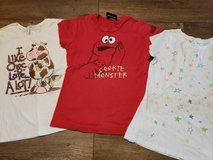 Girls tees size 10-12 in Bolingbrook, Illinois
