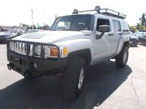 2010 Hummer H3 in Fort Drum, New York