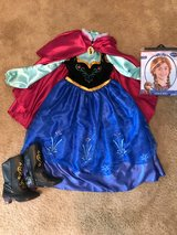 Anna Dress/Boots/Wig in St. Charles, Illinois