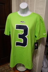 RUSSELL WILSON #3 - Nike Player Pride Neon T-Shirt (Men Medium) *** NEW *** in Fort Lewis, Washington