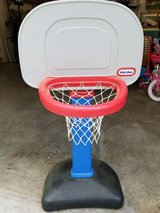 Little tikes Basketball hoop in Beaufort, South Carolina