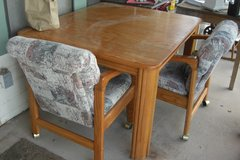 Dining room table (oak) 4 chairs in Alamogordo, New Mexico