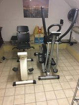 Bike and Cross trainer in Wiesbaden, GE