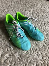 Umbro Soccer Cleats Size 8 in Glendale Heights, Illinois