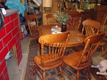 Oval Oak Table and Six Chairs Set in Fort Riley, Kansas