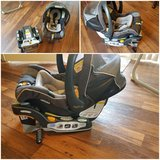 Chicco KeyFit® 30 Infant Car Seat w/two bases in Camp Pendleton, California