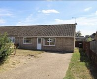 3 bedroom semi detached bungalow for Rent in Red Lodge Broomhill Close in Lakenheath, UK