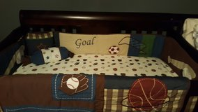 Baby crib 4 in 1 in Fort Campbell, Kentucky