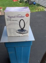 RADIO SHACK AMPLFIED SIGNAL FINDER in Naperville, Illinois
