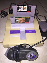 Super Nintendo with donkey Kong country in Lawton, Oklahoma