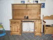 Handcrafted pine wood desk with hutch in Warner Robins, Georgia
