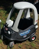 Little Tikes Police Car Cozy Coupe in Houston, Texas