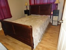 queen size sleigh bed in Fort Knox, Kentucky