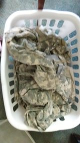 Army Jackets and 1 pair of pants make an offer in Fort Leonard Wood, Missouri