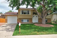 4 bed, 2 bath split-level house for rent in Fort Carson, Colorado