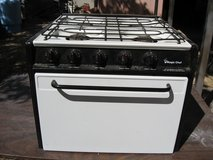 Used Magic Chef rv stove in Alamogordo, New Mexico