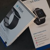 Brand New! Fitbit Blaze in box with Leather Band L in Grafenwoehr, GE