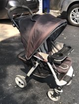 Free stroller in Glendale Heights, Illinois