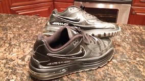 Nike Air Max Wright size 10.5 Airmax in Bartlett, Illinois