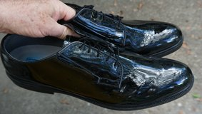 Army Dress shoes, made by Bates, size 13D in Fort Rucker, Alabama