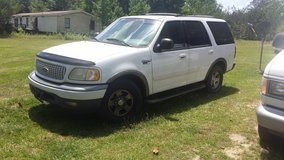 1999 Ford Expedition in Fort Benning, Georgia