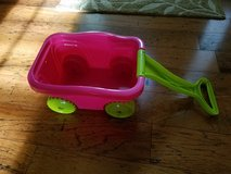 Excellent Condition! Toddler Girls Mini Wagon in Fort Campbell, Kentucky