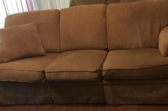 Couch very good condition in Warner Robins, Georgia