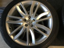 Jaguar Wheels and Continental tires new in Fairfield, California