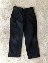 GapKids Navy Pants Size 5 in Chicago, Illinois