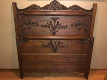 Antique Oak Bed in Bolingbrook, Illinois
