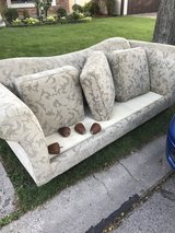 CURB ALERT!! Free couch- garbage comes in the am so hurry!! in Glendale Heights, Illinois