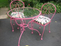 vintage scrolly raspberry iron patio table and chairs in Bolingbrook, Illinois