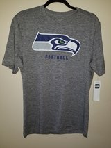 SEATTLE SEAHAWKS - NFL Team Apparel TX3 Cool T-Shirt (Men's Large) *** NEW *** in Tacoma, Washington