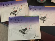 Beginning piano lesson books in Fort Campbell, Kentucky
