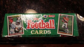 Complete 1991 set of Topps NFL football cards, 660 cards, new in Bartlett, Illinois